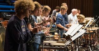 Musikere fra prosjektorkesteret Ung Filharmoni under prøve.