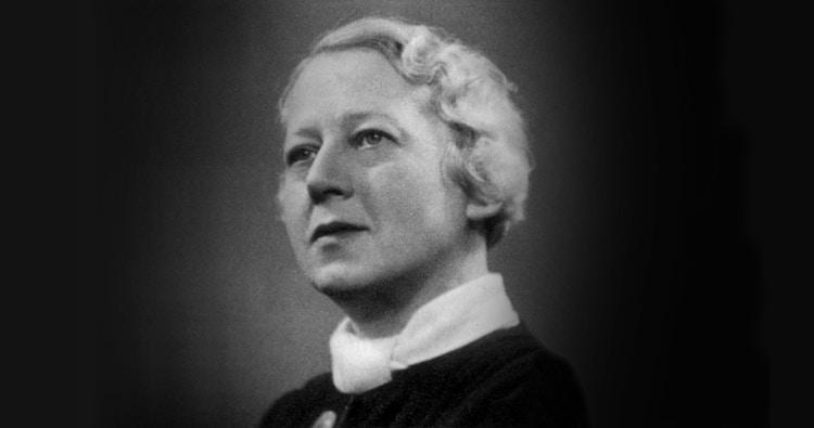 Pauline Hall 1920x1006